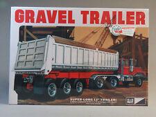 MPC 3 AXLE GRAVEL SEMI-TRACTOR TRAILER MODEL KIT plastic 1:25 Scale MPC823 NEW