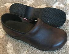 Sanita Men's EU 42 / 8.5-9 Brown Oiled Leather Professional Clog Comfort Work