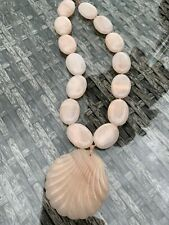 Rare Vintage Lola Rose Peach Calcite Carved Shell Pendant Necklace