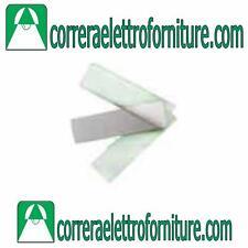 URMET 825/100 Vetrino con piastrina e cartoncino  per modulo pulsanti