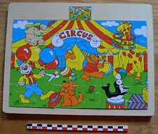 Puzzle en bois le cirque, 24 pièces, en bon état, léger état d'usage