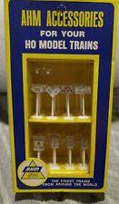 New AHM HO Model Train 23 Railroad & Traffic Signs 5612   -Auct7