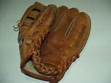 "Mizuno model Mt550 professional model ""Crest"" leather baseball glove Superb Cond"
