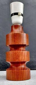 SMALL VINTAGE 1960s 1970s DANISH TURNED TEAK WOOD TABLE LAMP - WORKING