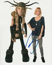 KRISTEN WIIG Signed HOW TO TRAIN YOUR DRAGON Photo w/ Hologram COA