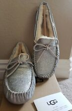 NIB UGG Women's Dakota Sparkle Slippers in Silver Size 10