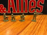 4 Infantry plastic soldiers German WWII  Army Force Rare
