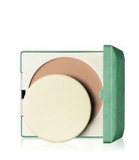 Clinique Stay-matte Sheer Pressed Powder 02 Stay Neutral