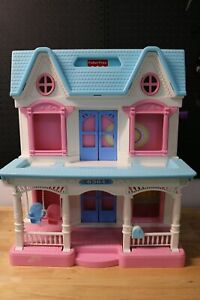 Fisher Price Loving Family Dollhouse 1993