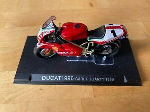 1/24 Scale Motorcycle - Ducatti 996 - Carl Fogarty 1999
