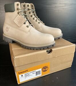Mens Timberland Casaul Boots 6552R - UNWORN - Size 8.5 UK - Boxed