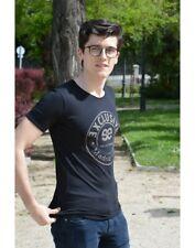 Camiseta de manga corta para hombre color negro el cuello redondo