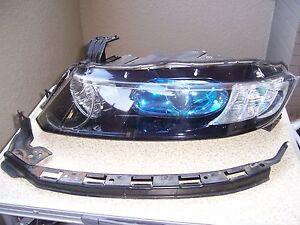 Honda Odyssey  RB1 headlight Left  very nice