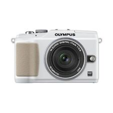 Near Mint! Olympus E-PL2 12.3MP with 17mm f/2.8 White - 1 year warranty