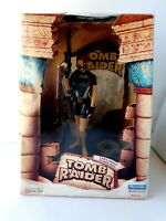 "Tomb Raider Lara Croft In Wet Suit 9"" Action Figure with Gun Boxed 1998 72001"