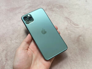 Apple iPhone 11 Pro Max - 256GB - MidnightGreen (Unlocked)