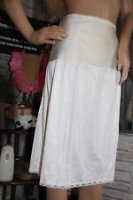 très beau jupon gainant  nylon vintage  unterkleid full slip REF1535