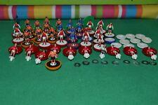 Subbuteo  LW  lotto di spares - job lot (Arsenal - Dundee - Barcellona - ecc.)