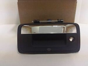 84203904 Chrome Tailgate Handle for 2014 - 2018 Silverado or Sierra with Camera