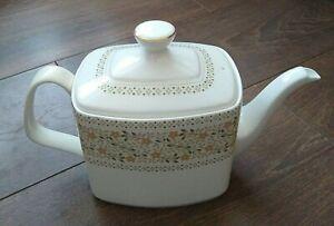 Vintage 1975s Royal Doulton Bone China 2pt Teapot Ivory Gold Rim Paisley VGC