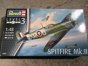 Vends Maquette Spitfire MKII Revell 1/48 Très bon Etat