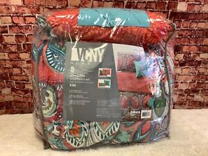 VCNY Home Casa Re'al Damask Reversible Red Teal White Paisley King Comforter Set