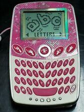 BARBIE HANDHELD ELECTRONIC LEARNING GAME BR68 PINK BY MATTEL.  (A4)