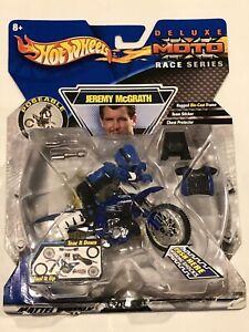 Hot Wheels Jeremy McGrath Deluxe Moto Race Series DieCast Frame 250 Class Figure