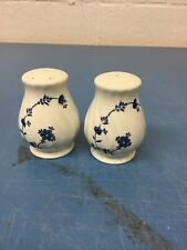 myott finlandia Salt And Pepper Shakers
