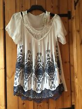 UNBRANDED LADIES WHITE WITH NAVY BLUE LACE SUMMER TOP ONE SIZE PLUS
