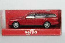 Mercedes Benz E Klasse T Modell   S210 Herpa 1:87  rot