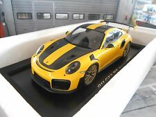 Porsche 911 991 gt2 RS Weissach package amarillo negro ye 2017 New Spark 1:18