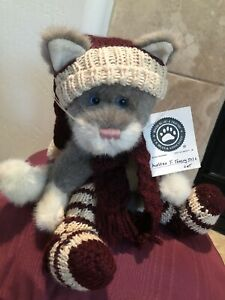 """Boyds Bears MUFFLES T. TOASTY TOES #C95130 1999 11.5"""" Cat, Knitted Hat,🧣&🧦 MWT"""