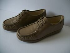 SAS Tripad Comfort Women's Taupe Leather Lace-up Moc Toe US Sz 9WW Casual Shoes