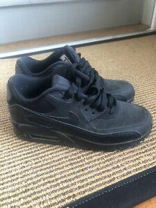 Black Nike Air Max Youth size 6y