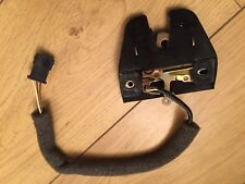 AUDI 80 CABRIOLET BOOT LID LOCK CATCH LATCH WITH MICROSWITCH 893827505A