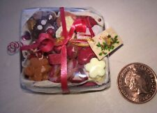More details for dollhouse food: miniature christmas cookie box containing 26 loose cookies 1/12