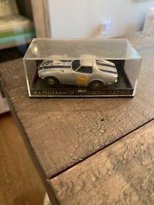BACHMANN HO ROAD RACING GROOVE BUSTERS TEAM SLOT CAR CORVETTE STINGRAY #9114