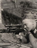 WW2 Photo WWII  German Wehrmacht Soldier Scoped MG34  MG-34 World War Two/ 2542