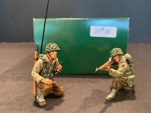 KING & COUNTRY DD018 WWII US 1st INF. 'SIGNAL SECTION' (2 OF 3 FIGS.) PRE-OWNED!
