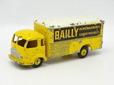 Dinky toys France SB 1/43 - Simca Cargo Bailly