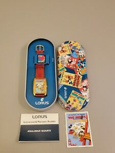 New Vintage Walt Disney Lorus Mickey an Minnie Mouse Watch-V515-5A70 New Battery