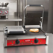 """Avantco P84 Double Grooved Panini Sandwich Grill 18 3"""" x 9 1/16"""" Cooking Surface"""