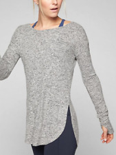 ATHLETA WOMEN'S LIGHT GRAY HEATHER LONG SLEEVE COMFY LUXE POSE TOP Sz L