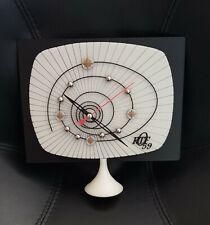 horloge / pendule quartz phosphorescente VINTAGE design mire television ORTF 59