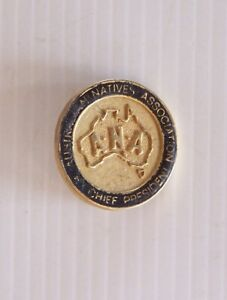 VINTAGE AUSTRALIAN NATIVES ASSOCIATION METAL LAPEL COAT HAT SOUVENIR PIN BADGE
