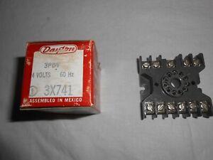 DAYTON 3X741 Octal Relay 24Vac 3PDT with 11 Pin Socket