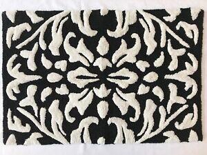 Mackenzie Childs CANTERBURY BLACK White BATH RUG Mat 37x24 NEW$85 m21-ap