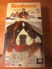 Beethoven (VHS) Stanley Tucci, Oliver Platt, Bonnie Hunt, Dean Jones...28