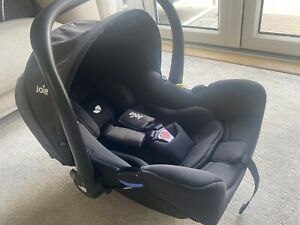 Joie i-snug i-size baby car seat - Infant Carrier 0-18 months (hardly Used)